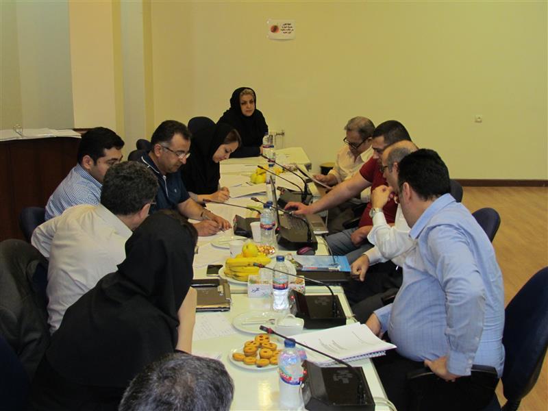 جلسه بررسی پیشنهاد مرحله اول مناقصه فاضلاب روستایی منطقه یک کشور با حضور چهار گروه مشارکت