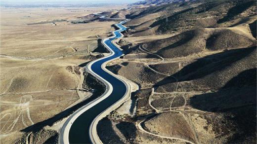 بررسی پیامدهای انتقال آب دریای خزر و عمان