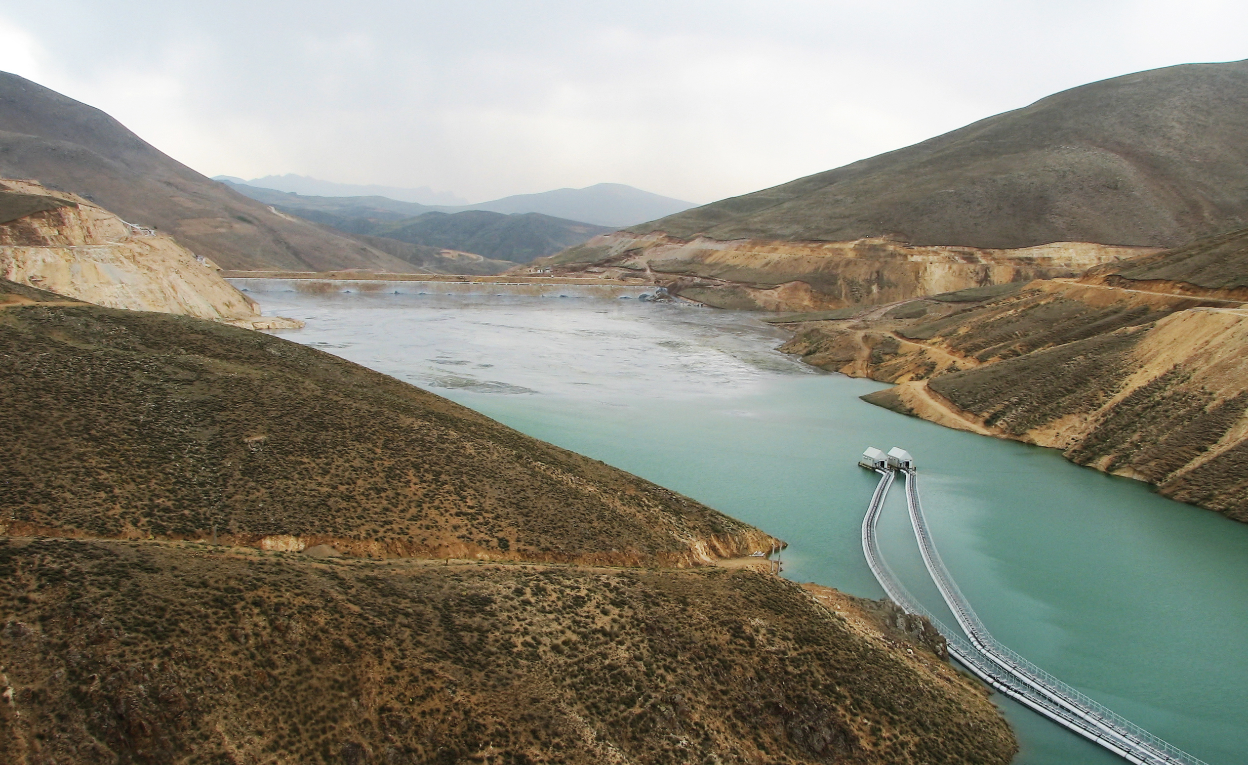 Sungun copper factory`s water supply, pumping installations and tailings disposal and transfer